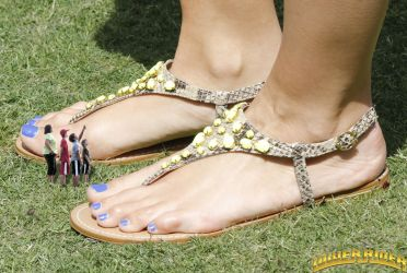 Maria Menounos Sandals in the park by lowerrider