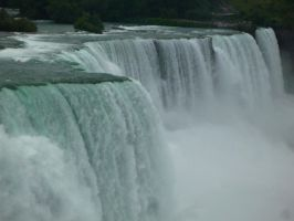 Niagara Falls 2 by raindroppe