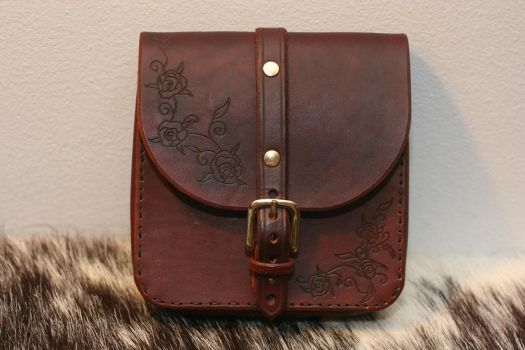 Leather Rose Belt Pouch by Versalla