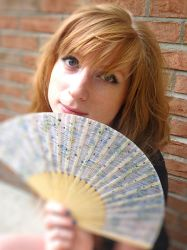 Handfan by tracy-Me