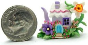 FAIRY COTTAGE MOUSE TEAPOT by WEE-OOAK-MINIATURES