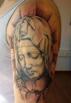 pieta by Natissimo