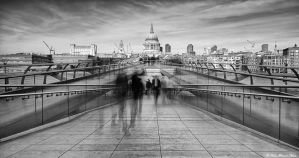 Millennium Bridge by NachoRomero