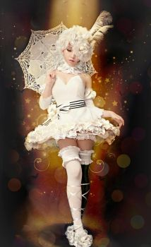 Doll in the circus. by Suetsuetchan