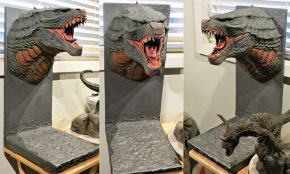Wall Hanger Bust Display by Legrandzilla