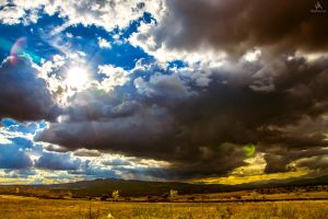 Cloudy days are coming by VitoDesArts