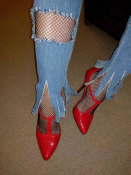 Fishnets by HighHeelsArt