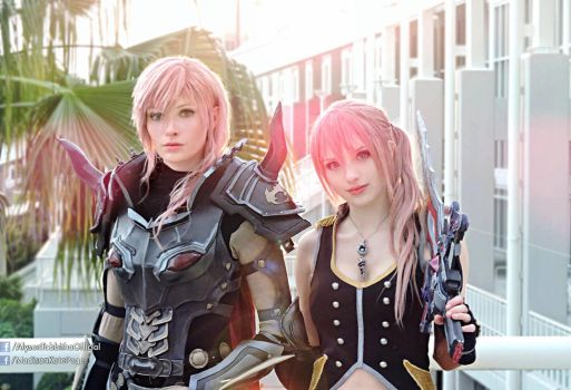 Lightning and Serah Final Fantasy XIII Cosplays by AlysonTabbitha