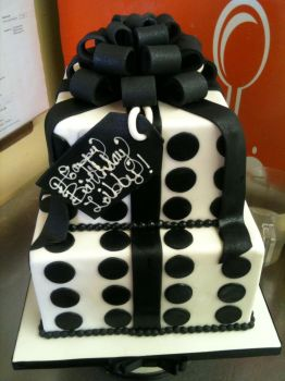 Gift box cakes favourites by cake engineering on deviantart two tiered black and white present cake by spudnuts negle Images
