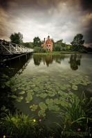 House by the lake by EdSinger