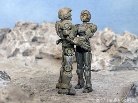 3D printed male and female robots 3 3/4 inches B by hauke3000