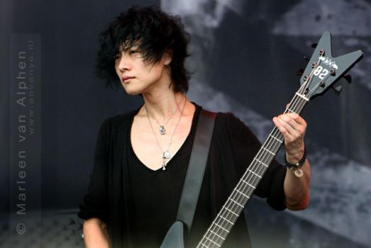 Dir en Grey - Toshiya by Anvanya1981