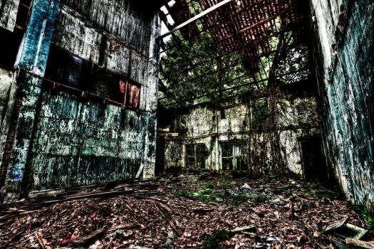 Abandoned 3 by linkahwai