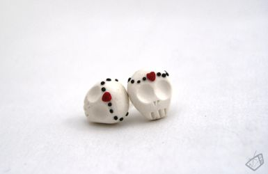 Crowned DoTD Skull Studs by The-Erin-show
