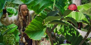 Elo and Jack Sparrow, jungle by elodie50a