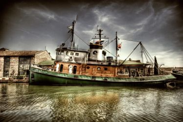 Boat on the River II HDR by ISIK5