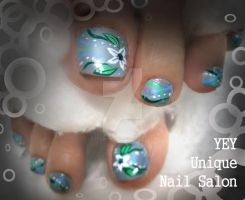 my mom's nail by YEYUniqueNail