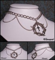 Barbed necklace by Gloomyswirl