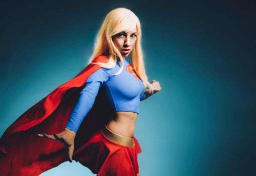 Supergirl: Justice League Unlimited by MomoKurumi
