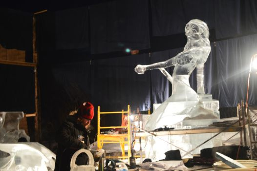 Ice sculpture 67 by Roxy-the-art-nut