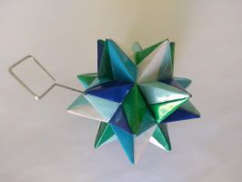 Blue/Green Origami Modular Star by demuredemeanor