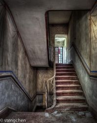House of Stairs by stengchen