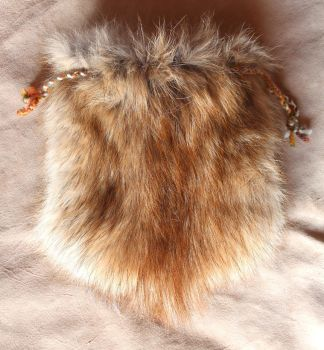 New Fur and Leather Pouches! by lupagreenwolf