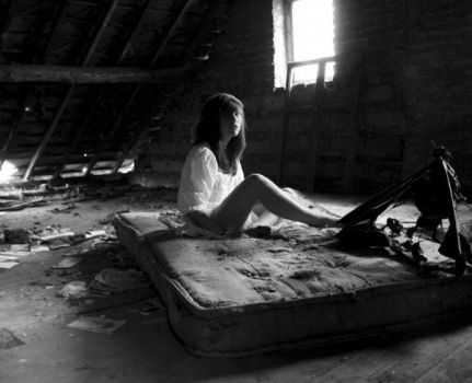 attic by soulvacationn