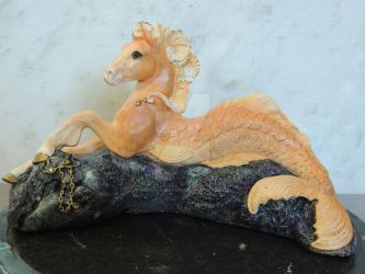 Palomino - Windstone Editions Hippocampus 1 by WeaselsOnEasels