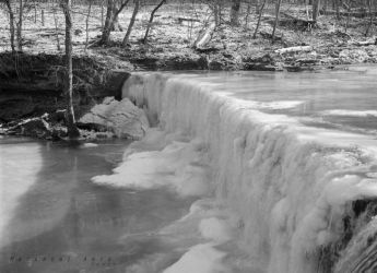 Frozen Falls 2 by thebreat