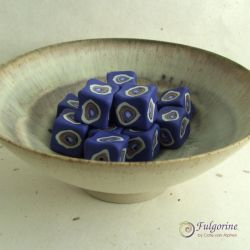 Wonky cube beads by cvalphen