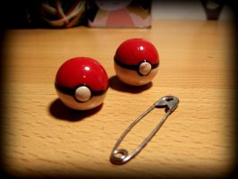 Miniature Pokeballs by Narxinba222