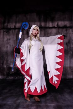 White Mage cosplay from FFT part3 by mayuyu0405