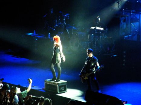 paramore Australia by inspired-by-fire