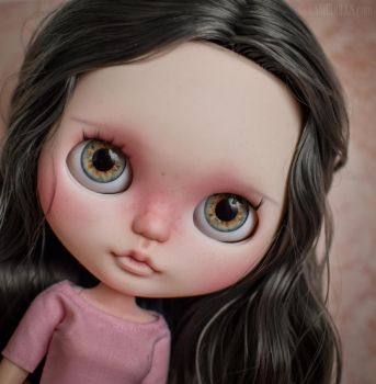 Norina (OOAK Custom Blythe doll) by Katalin89