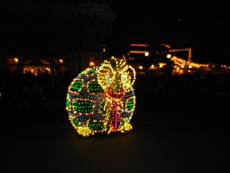 Main Street Electrical Parade: Turtle With Glasses by FlowerPhantom
