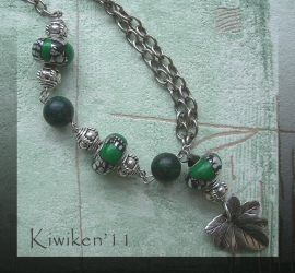 Green Envy - Necklace by Kiwiken