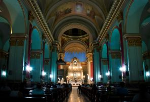 The Central Nave by Chechipe