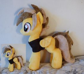 Comission of  OC pony Stegaaa by Epicrainbowcrafts