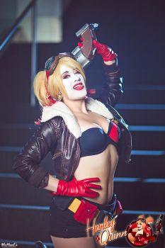 Harley Quinn Cosplay by St3phBot