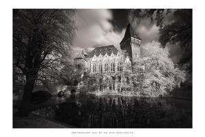 Castles of Dreams - XII.e (Budapest Noir) by DimensionSeven