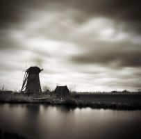 Moving around in Kinderdijk..2 by denis2