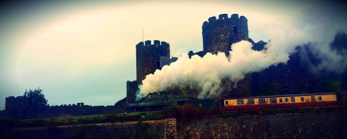 Colwyn Castle - Vintage Steam Train by vee-kay