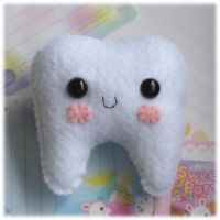 Tooth Pincushion_Plushie by Keito-San