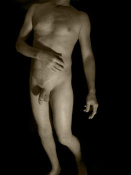 Simple Standing Nude BW by cleanshvr