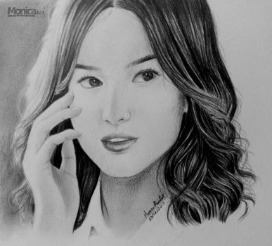Song Hye Kyo by monicasunlight