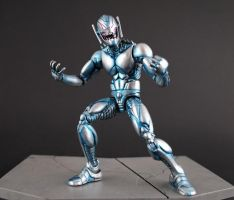 Comic style custom Ultron action figure by Jin-Saotome