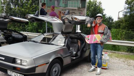 Marty McFly with Delorean 5 by peterszebeni
