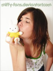luvin miffy 01 by Miffy-fans