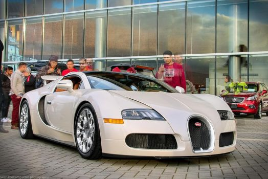 Bugatti Veyron Grand Sport by SeanTheCarSpotter
